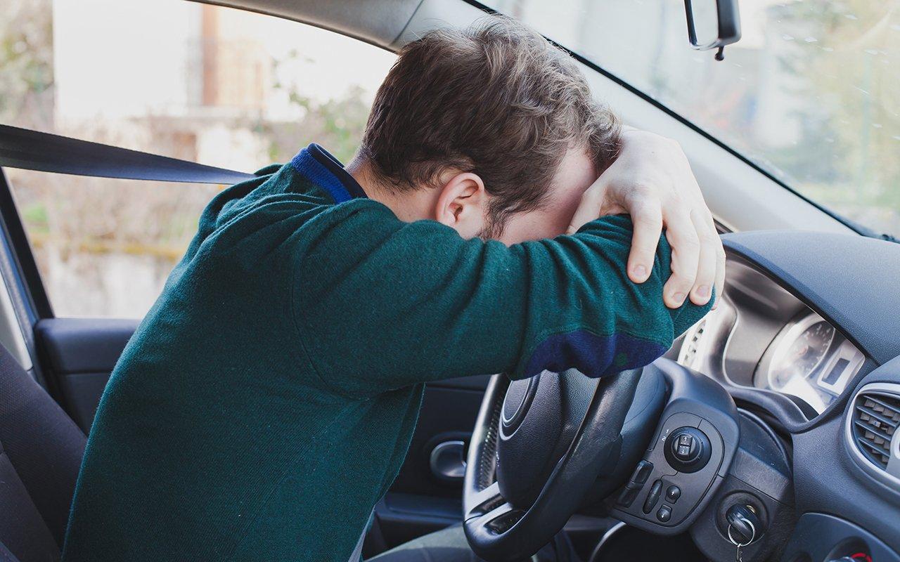 Какие гаджеты смогут разбудить уснувшего за рулем автомобилиста