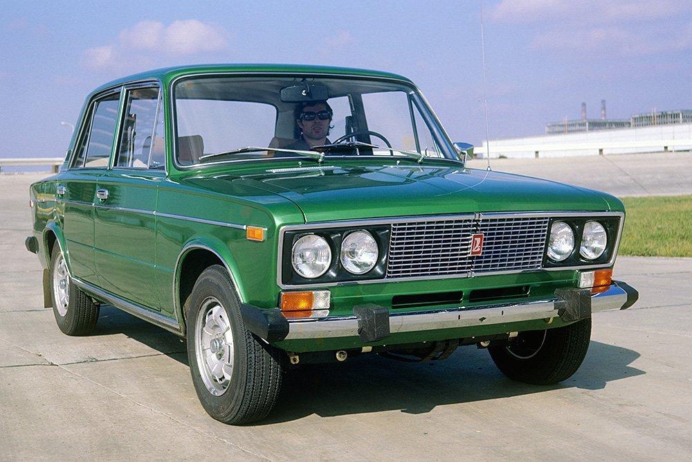 В РФ названы самые угоняемые машины LADA