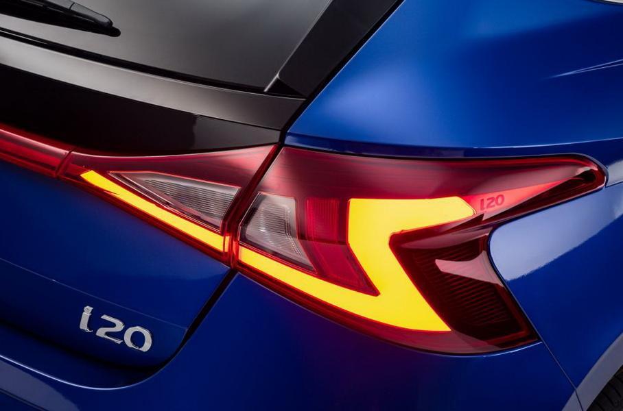 В сети появился первый снимок салона нового Hyundai i20