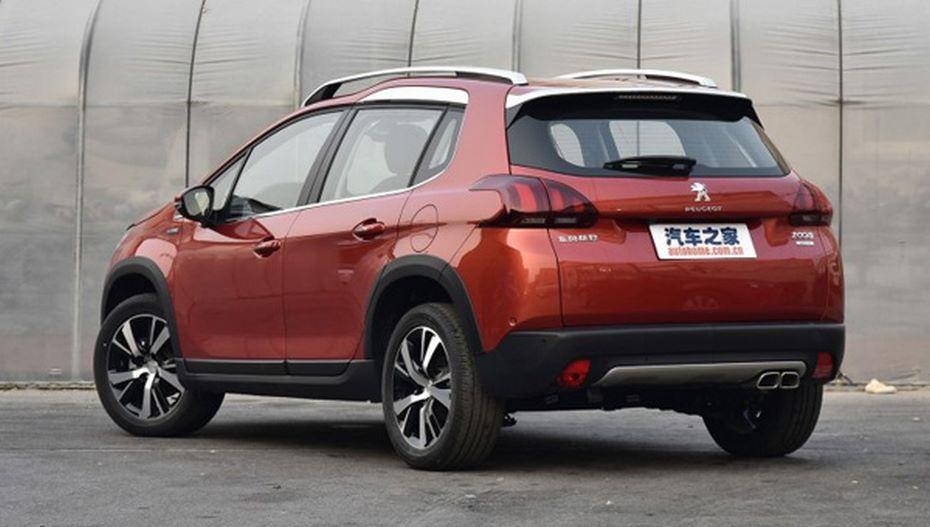 Обновленный кроссовер Peugeot 2008 вышел на рынок