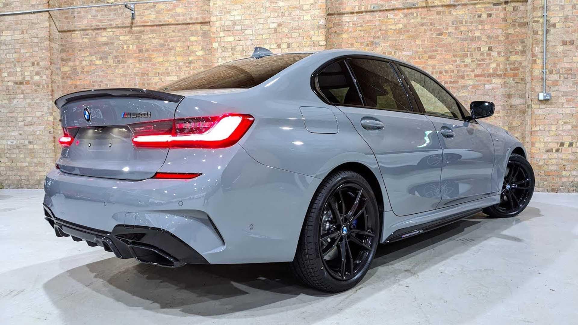 Оттенок кузова этого BMW M340i 2020 стоит 413 190 рублей
