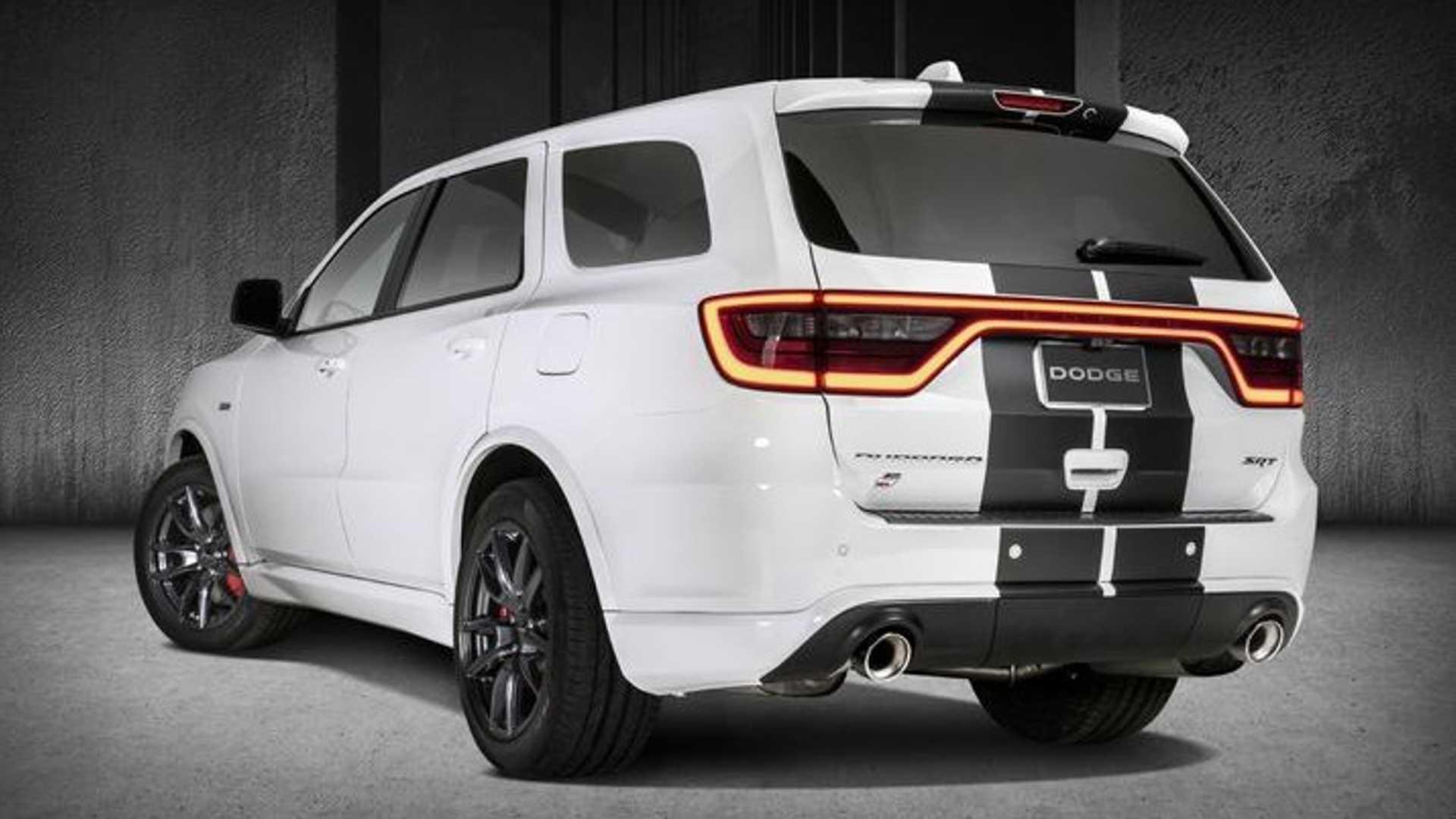 Похорошевший Dodge Durango SRT дебютирует на автосалоне в Чикаго