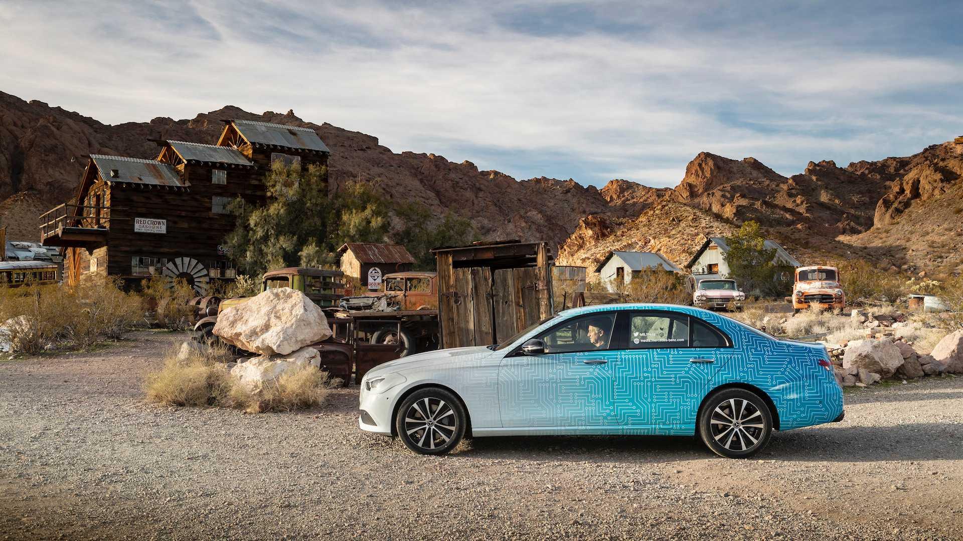 Обновленный Mercedes E-Class покажут в Женеве этой весной