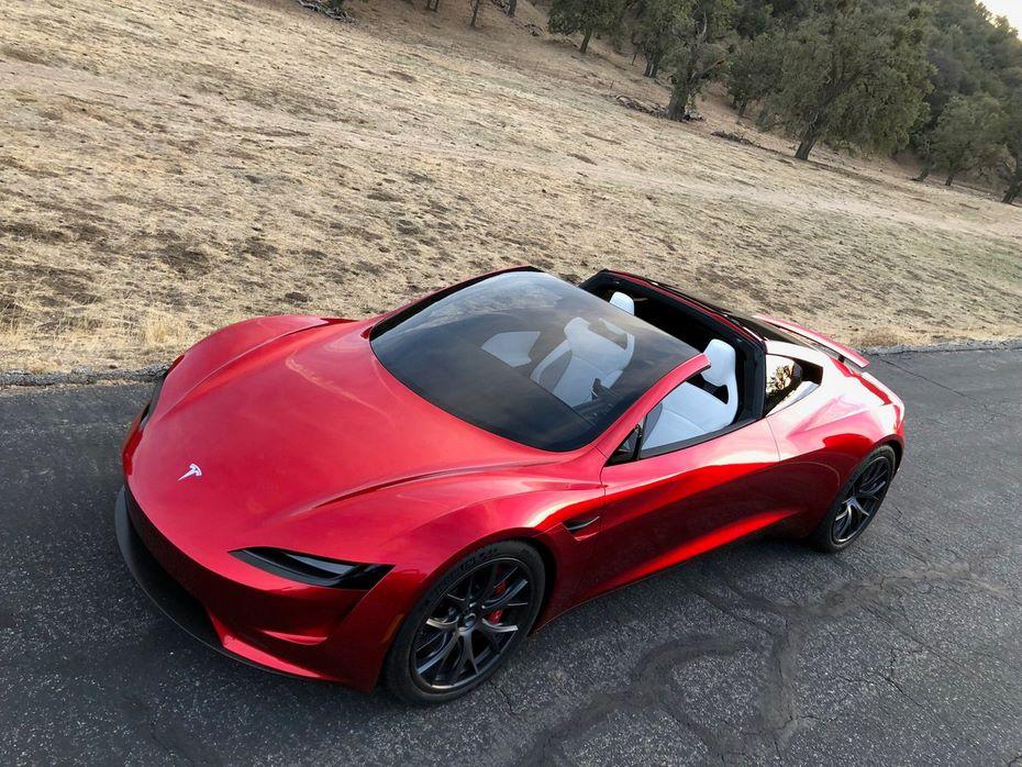 «Заряженная» версия нового Tesla Roadster будет еще неменее динамичной