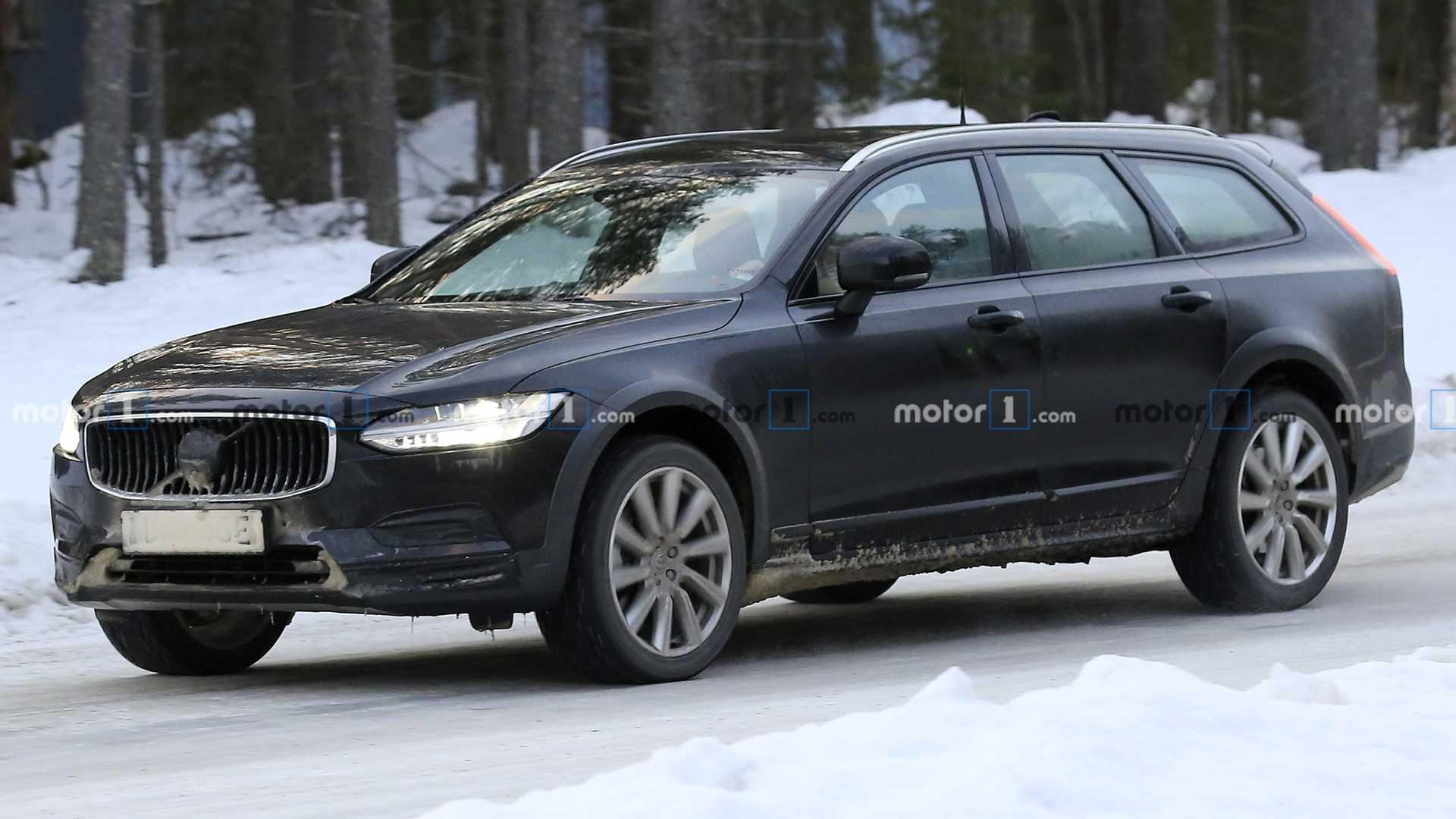 Volvo S90, V90 и V90 Cross Country: будущие версии сфотографированы во время испытаний