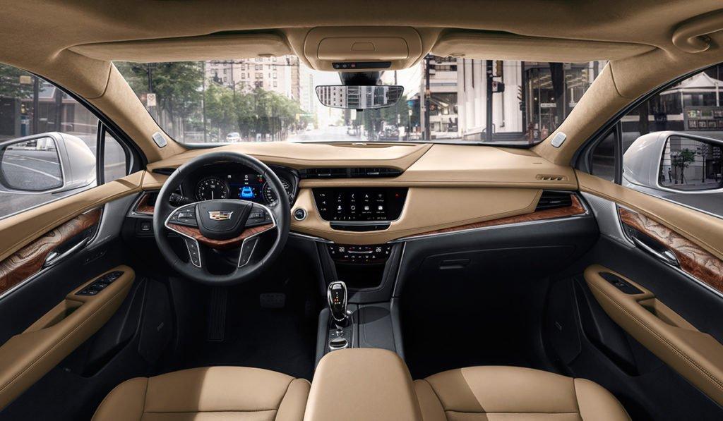 Обновленный кроссовер Cadillac XT5 уже можно заказать в России