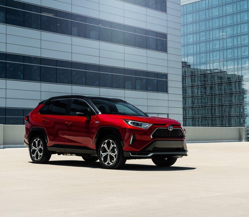2021_Toyota_RAV4_Prime.jpg