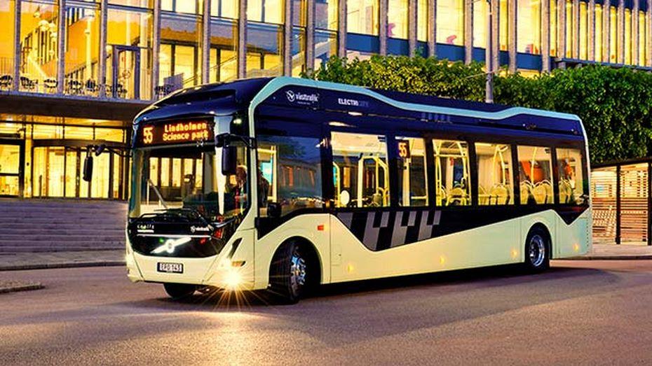 ВБельгии Volvo представили свой первый электрический автобус class=