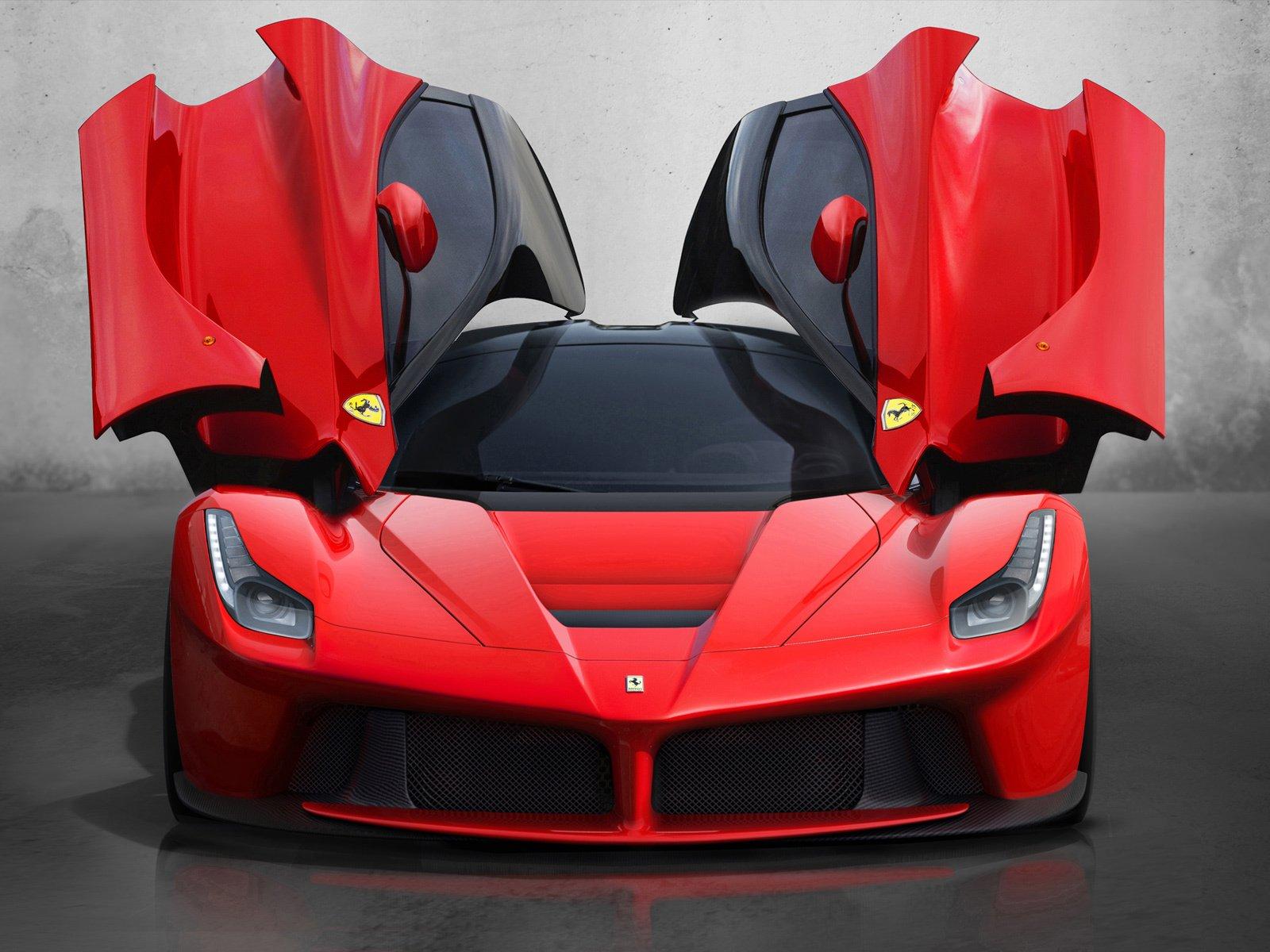 Один Ferrari приносит почти в 1 000 раз больше прибыли, чем Nissan