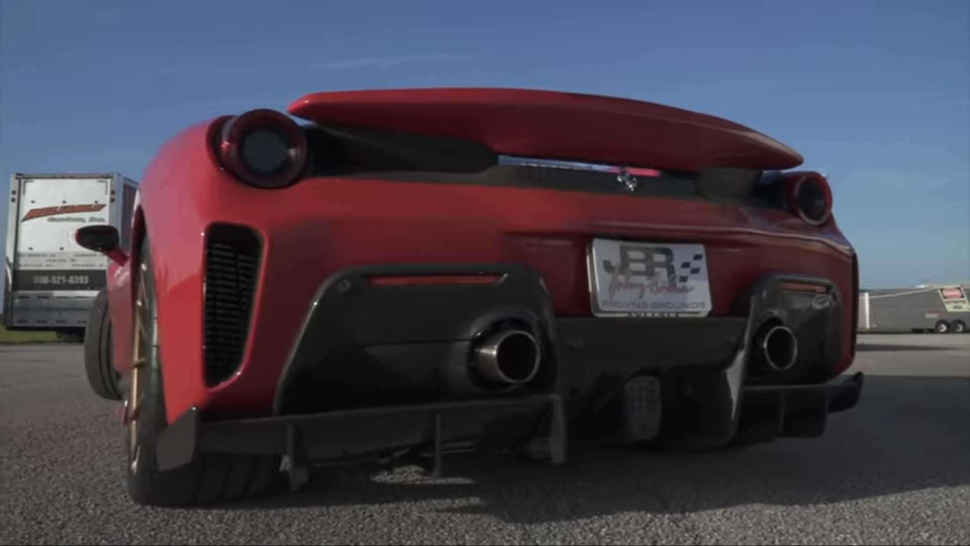Смотрите, как Ferrari 488 Pista 2020 года разгоняется до 342 км/ч