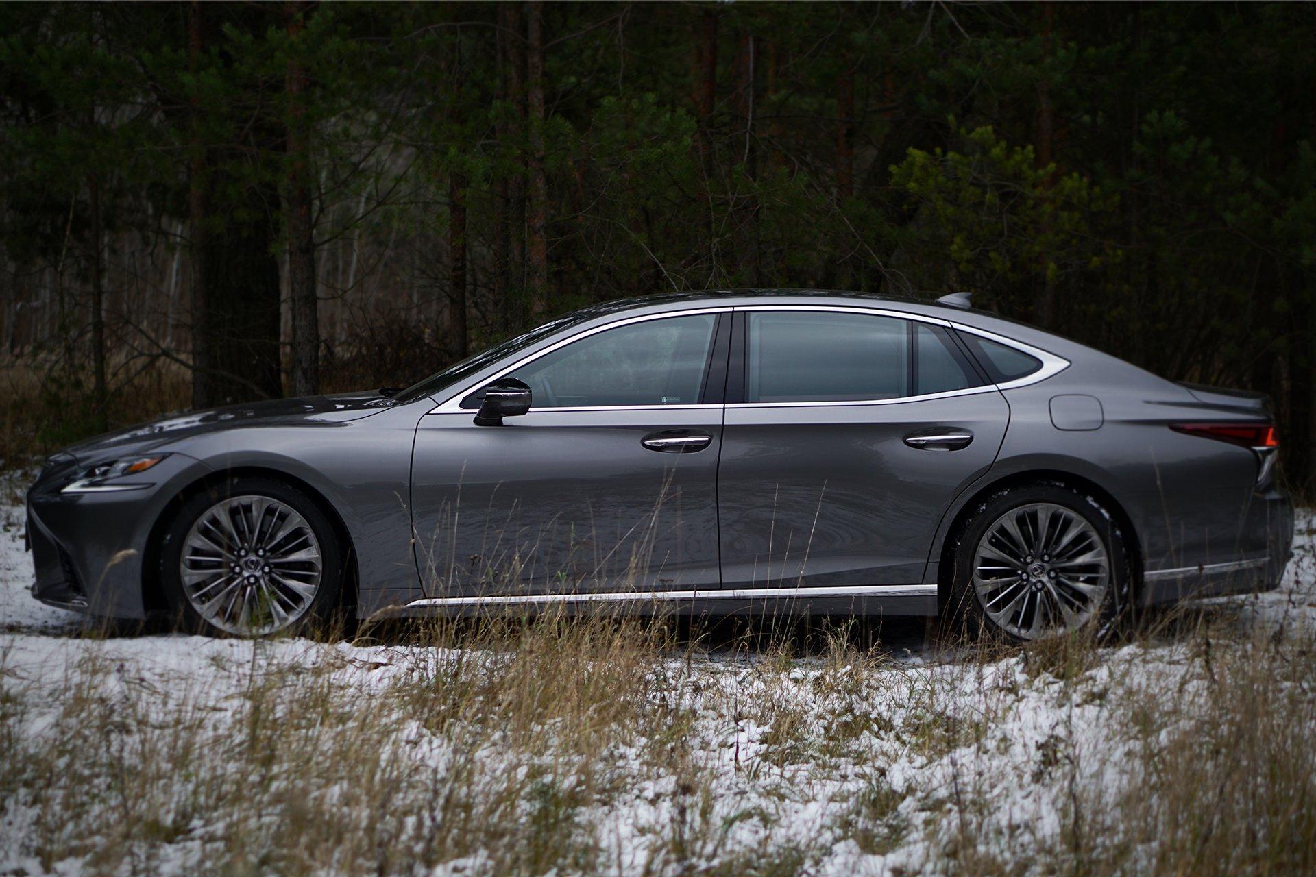 Тест-драйв Lexus LS 500 Luxury+ от портала CarsWeek.ru