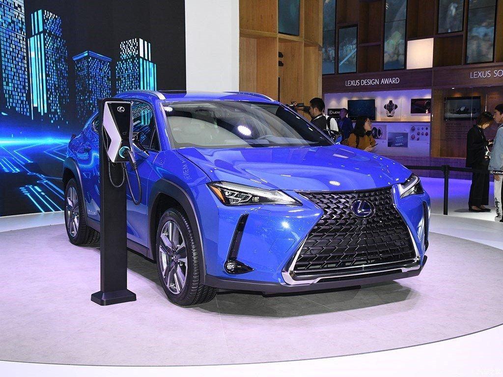 Lexus пользуется ажиотажным спросом в Китае