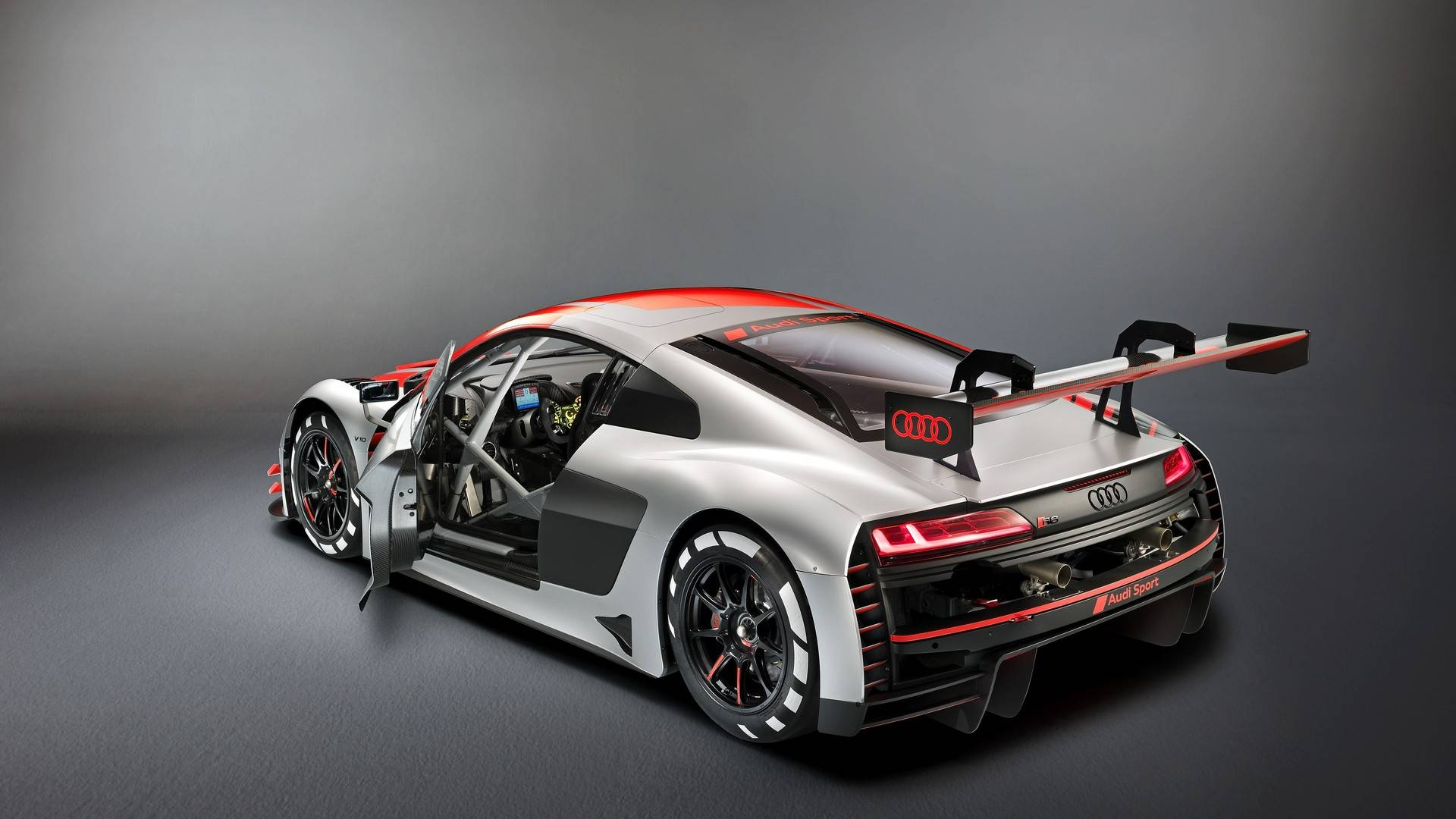 Audi R8 Green Hell или более хадкорная версия суперкара