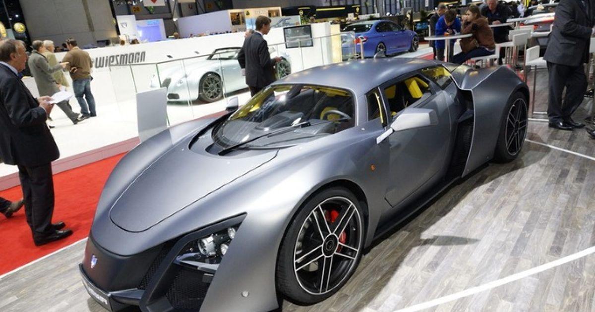 В ОАЭ требуются скауты на поиск заброшенных суперкаров