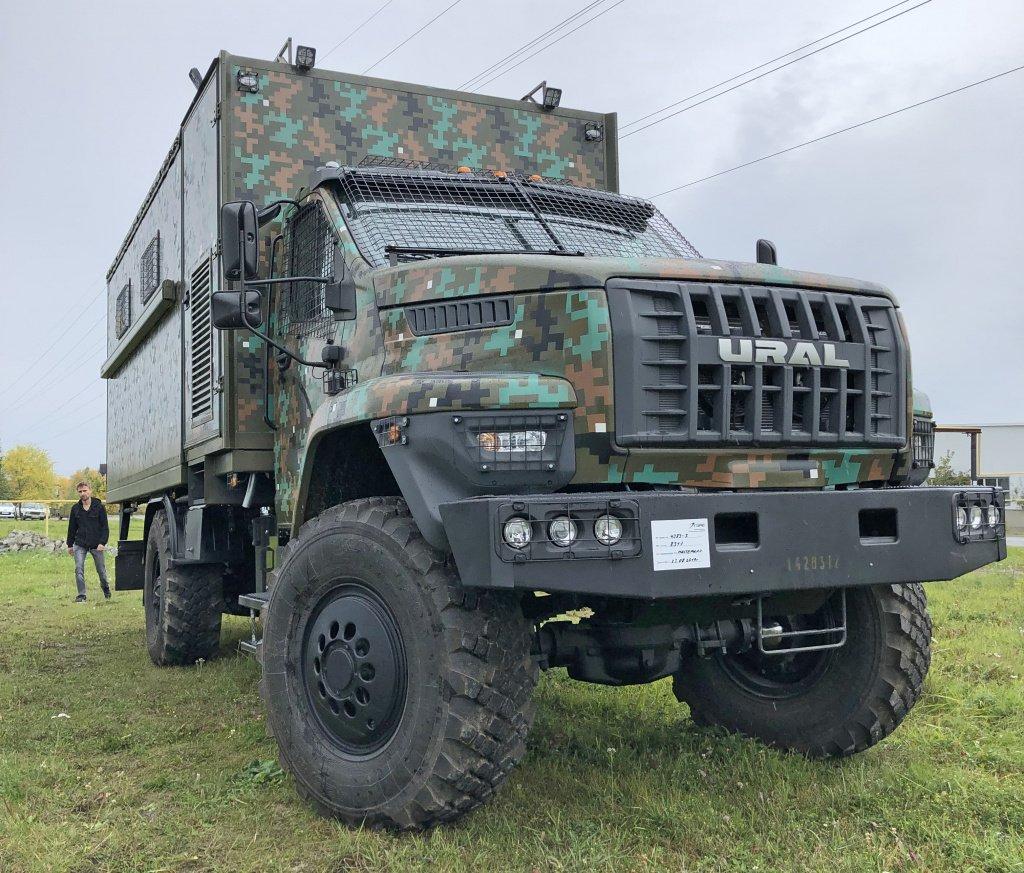 Полиция Филиппин получила российские грузовики «Урал»