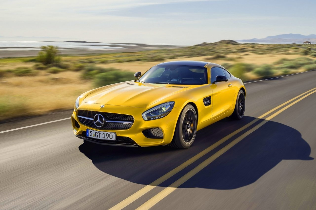 Mercedes-Benz отзывает в РФ практически 500 машин