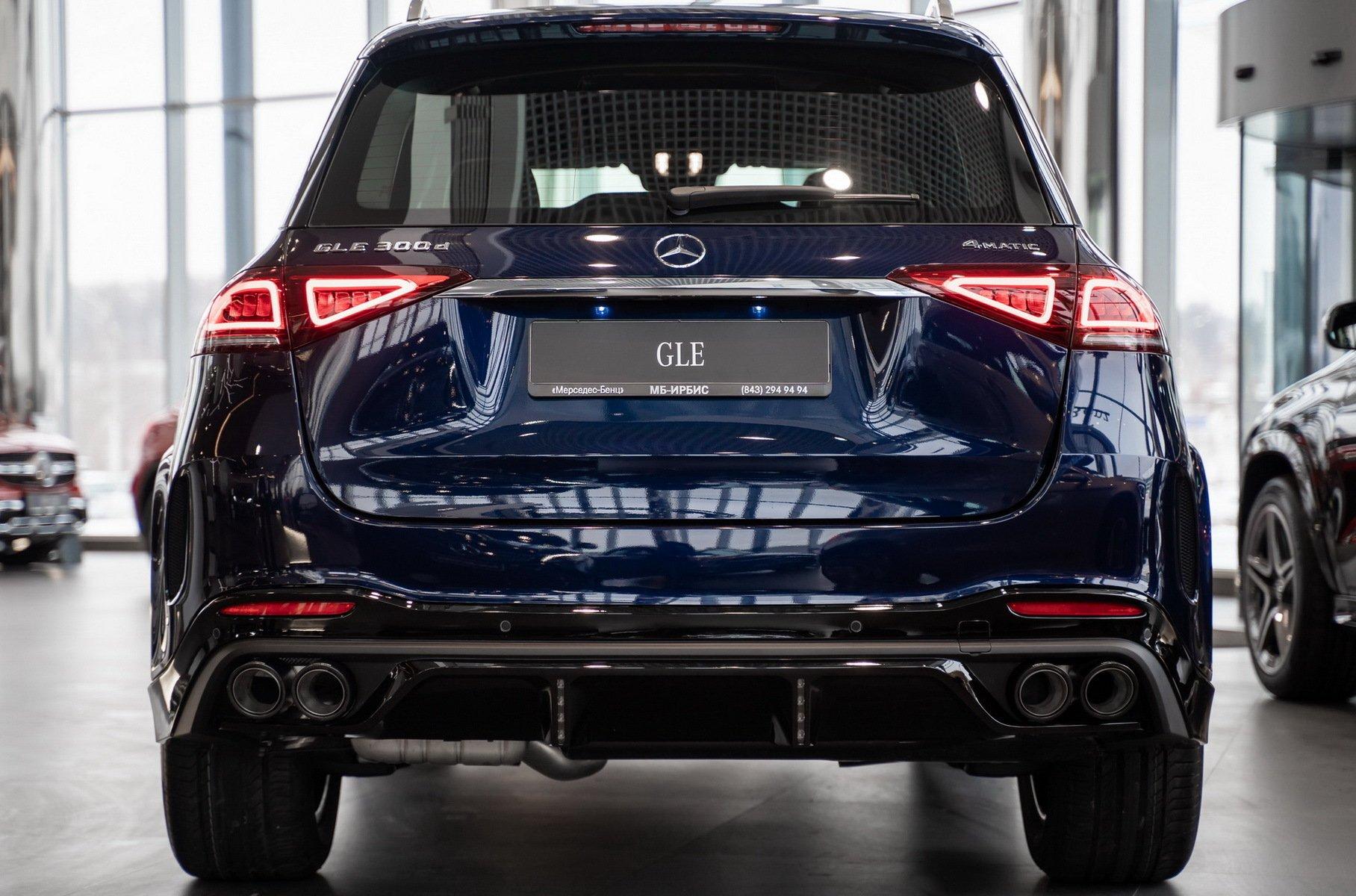 В России начались продажи тюнинг-версии нового Mercedes-Benz GLE