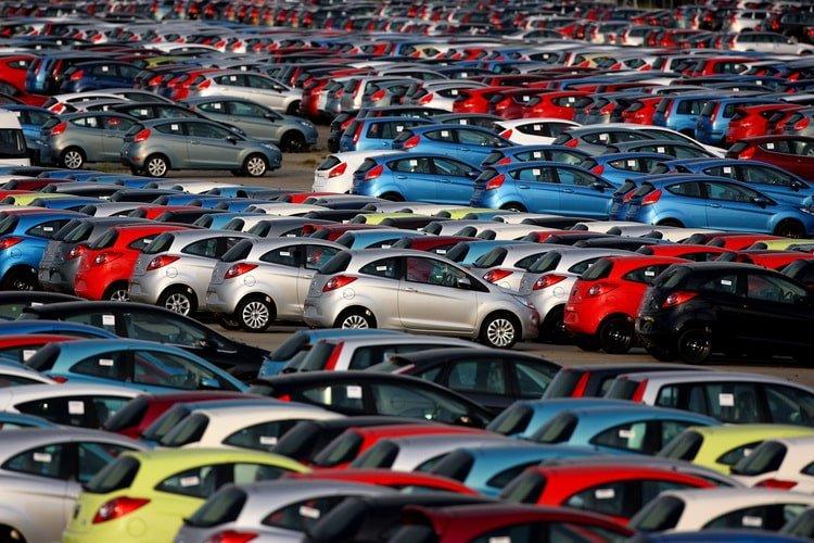 В марте продажи автомобилей в Европе обвалились на 51,8%