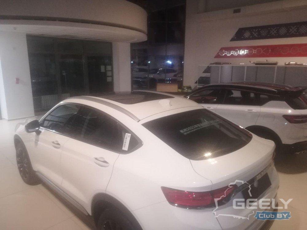 В Беларуси «подловили» новый купе-кроссовер Geely FY11