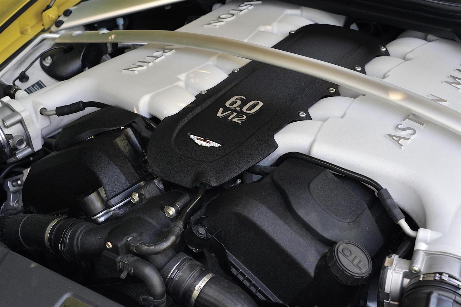 Aston Martin заменит двигатель AMG гибридной «шестеркой»
