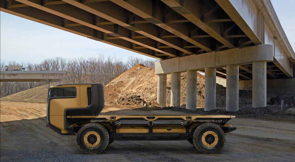 Дженерал моторс показала автономное грузовое шасси натопливных ячейках