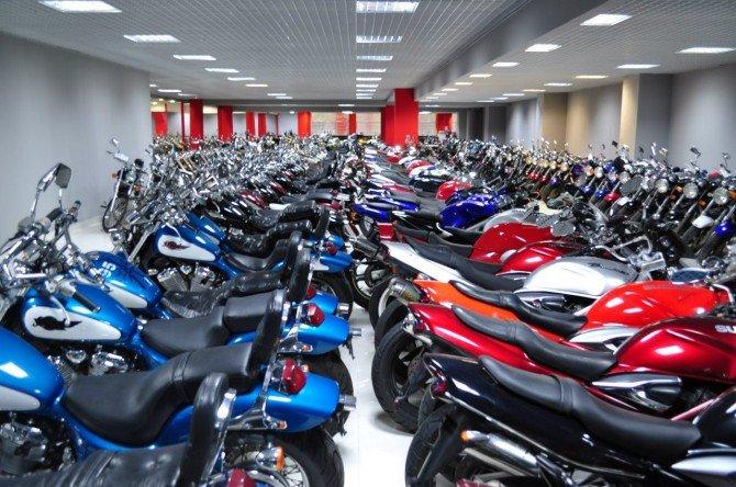 Спрос на новые мотоциклы в России вырос почти на 90%