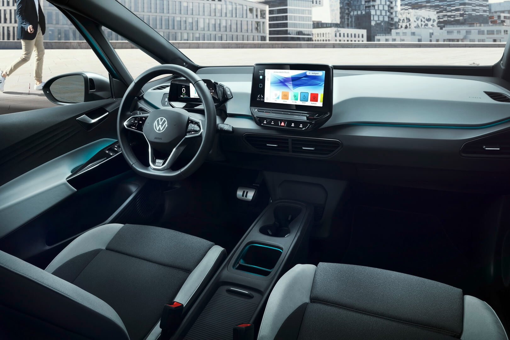 Продажи Volkswagen ID.3 начнутся летом нынешнего года