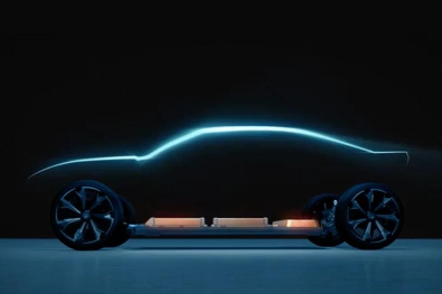 Компания Chevrolet намекнула на выход электрического Camaro