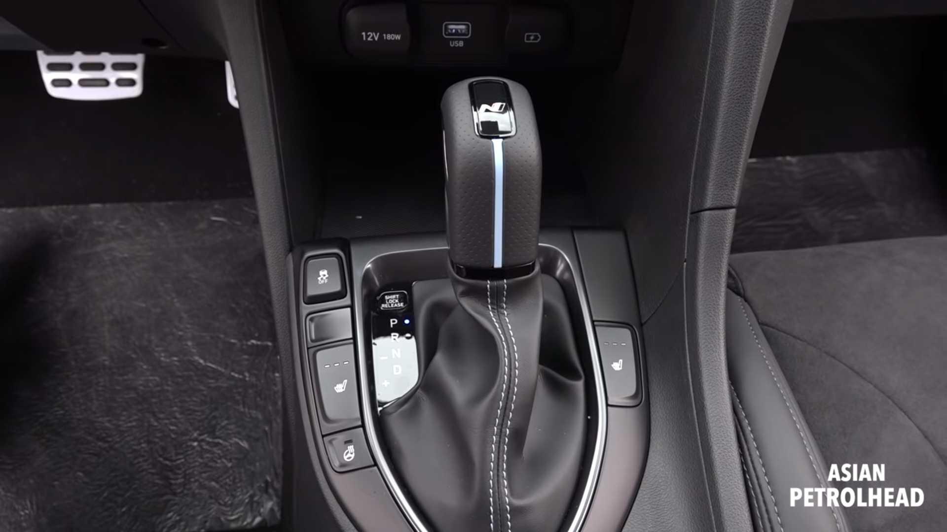 На видео показаны возможности «заряженного» Hyundai Veloster N с новым «роботом» DCT