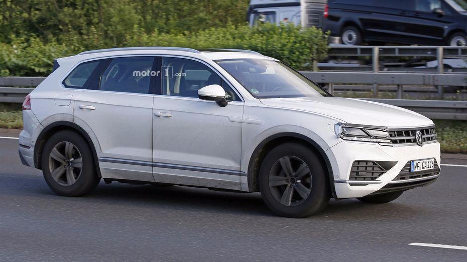 Известна дата премьеры нового джипа VW Touareg