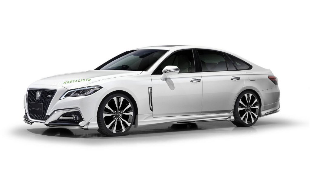 Тюнинг-ателье Modellista представило седан Тоёта Crown