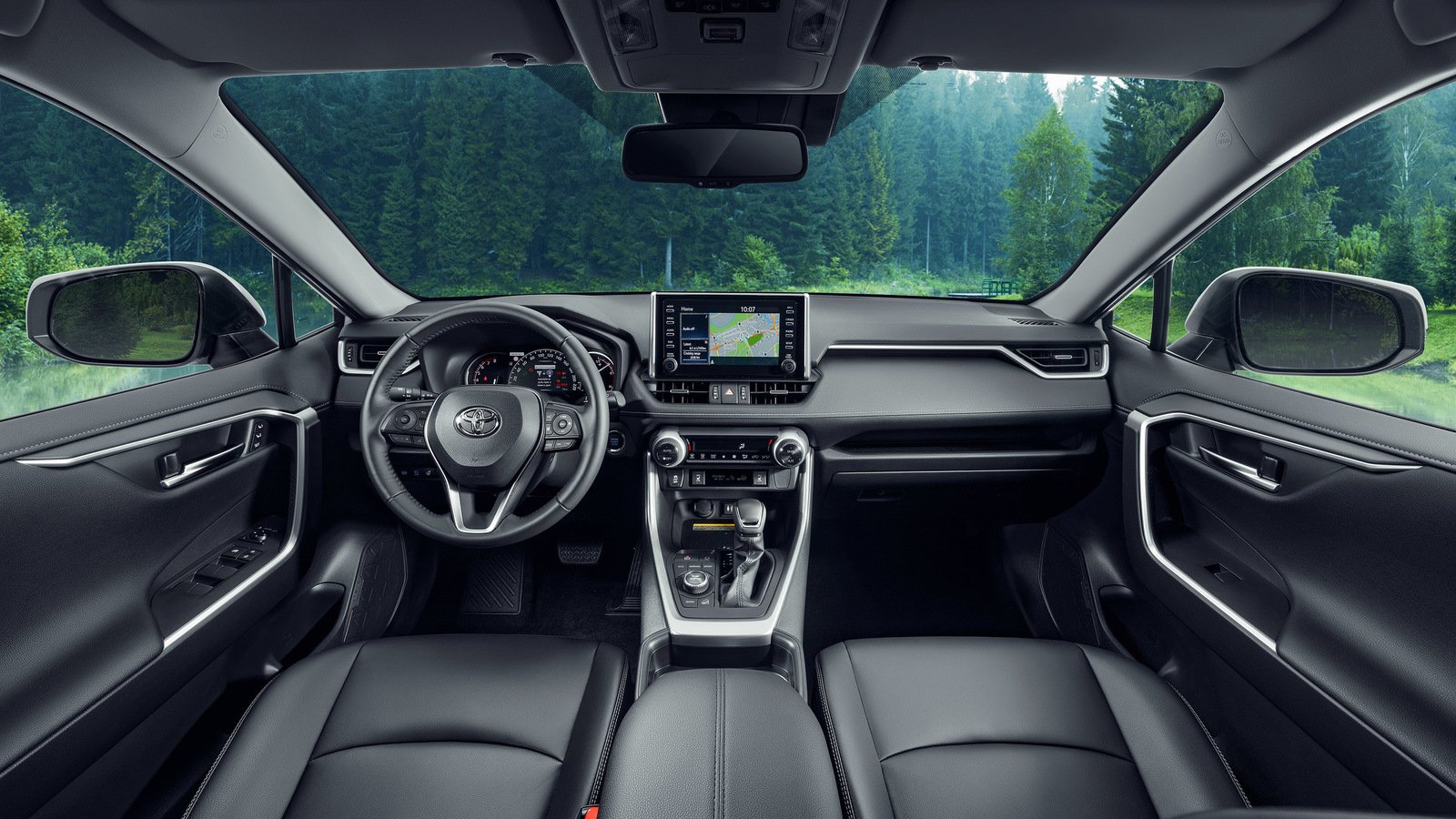 Toyota рассказала, какие RAV4 приобретают россияне