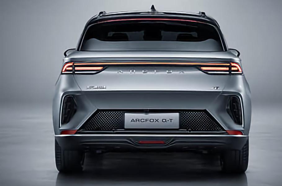 В сети представили китайский электрокроссовер Arcfox