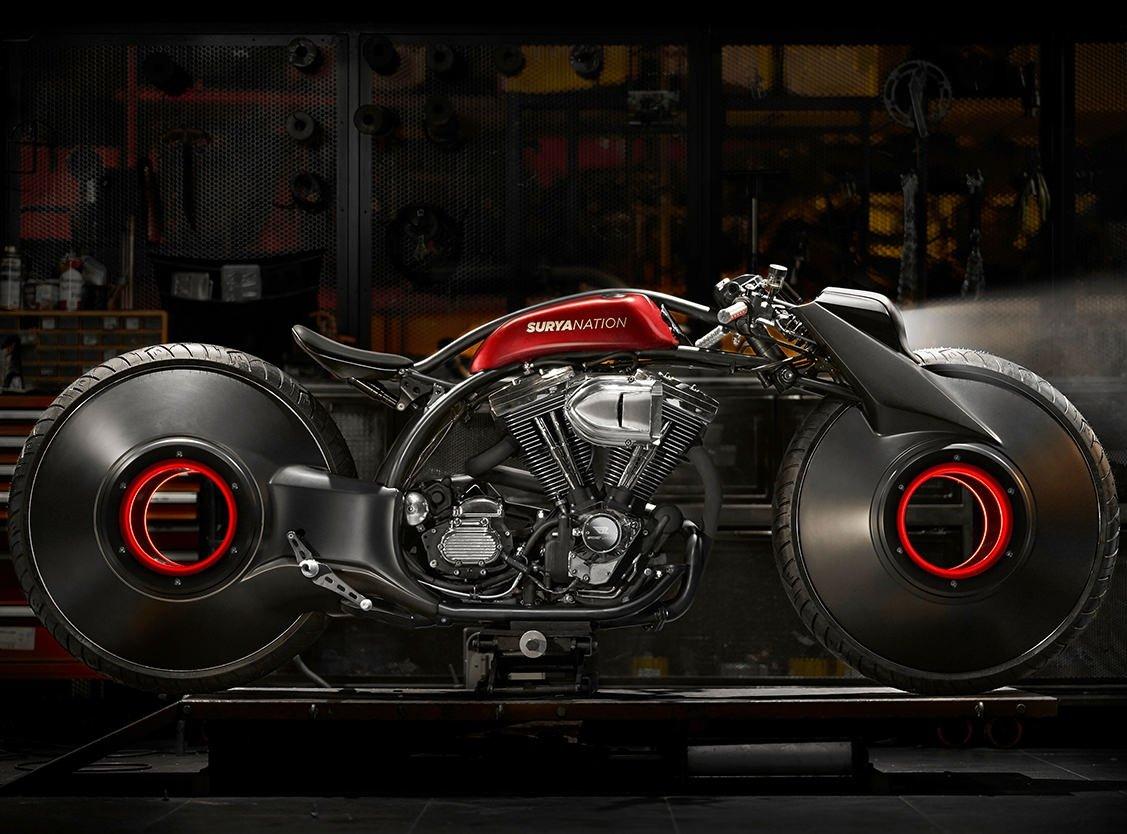 Мастерская Smoked Garage создала сумасшедший кастом Harley-Davidson
