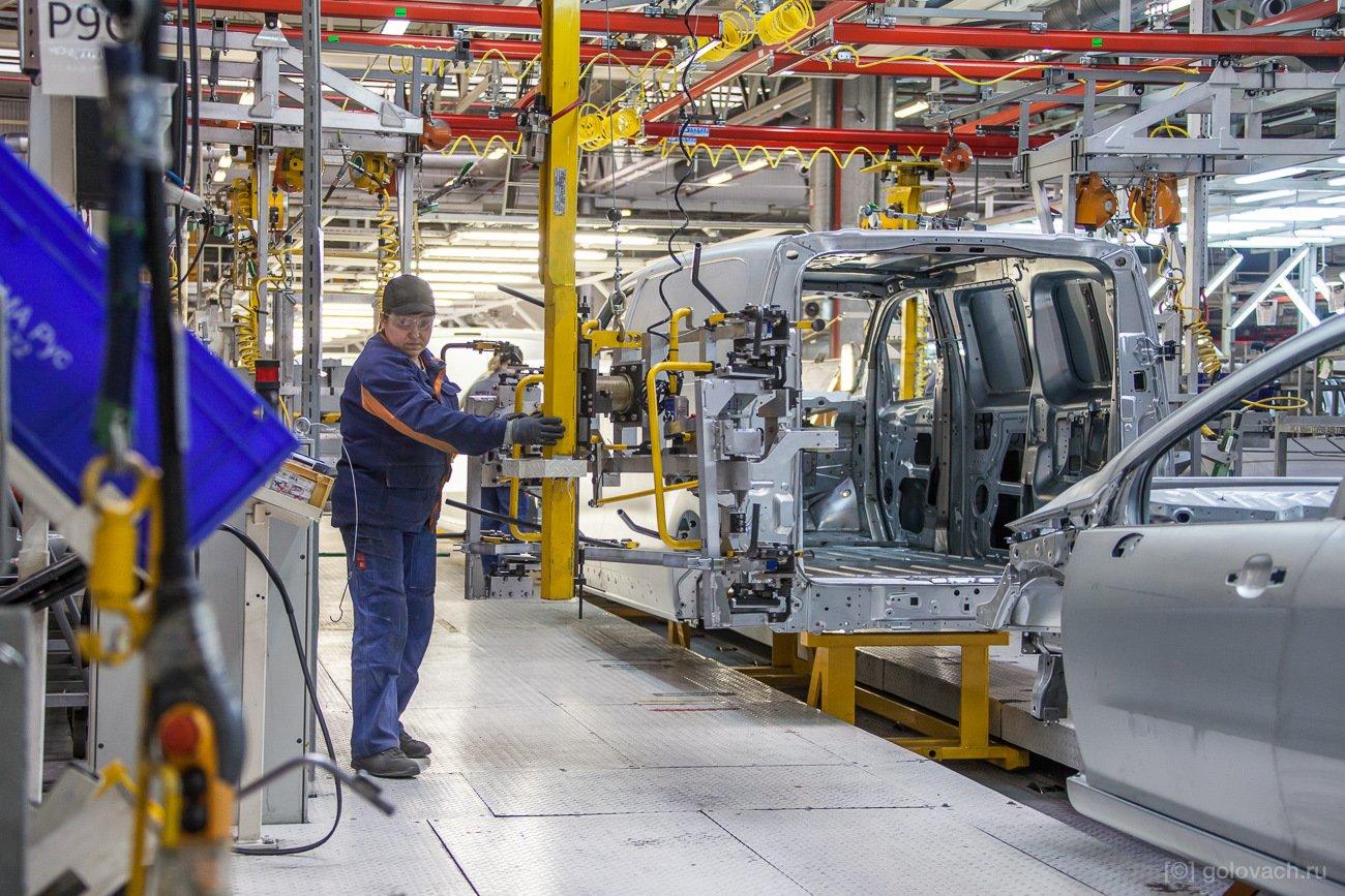 Производство авто в Калуге приостановят из-за нехватки компонентов