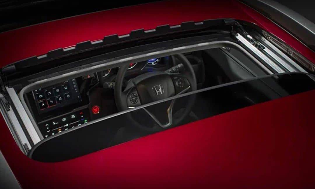 Появилась информация об обновленном кроссовере Honda WR-V