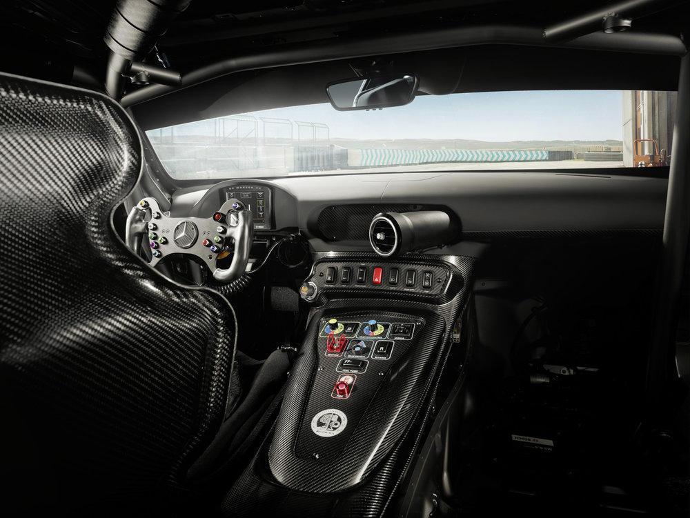 Mercedes-AMG GT4 2020 получил обновленную внешность