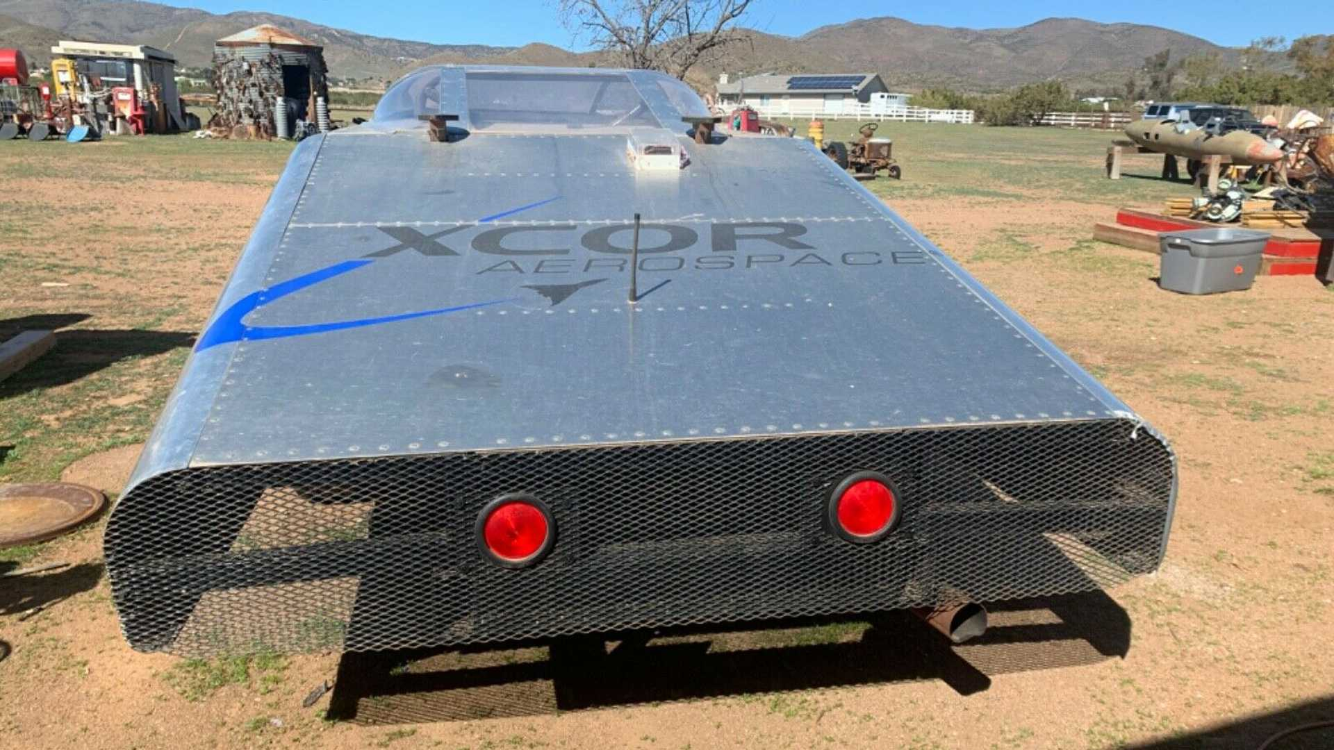 Разработанный для тестов космических аппаратов Ford отдают почти даром
