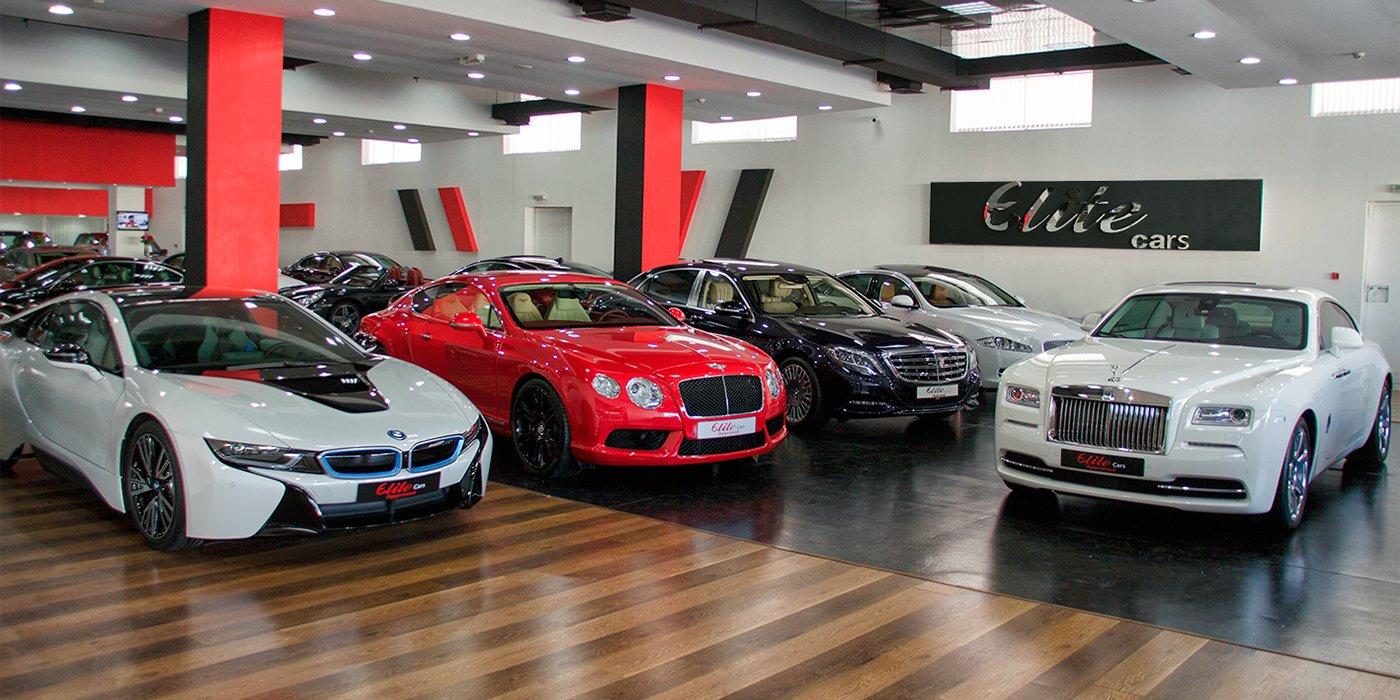 На какие автомобили тратят деньги россияне