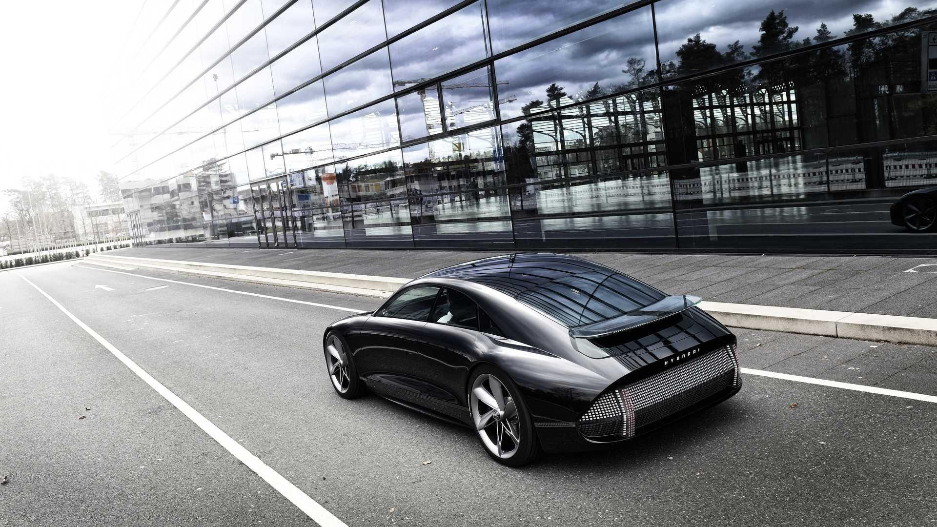 Hyundai опубликовала новые фото своего концепта будущего Prophecy