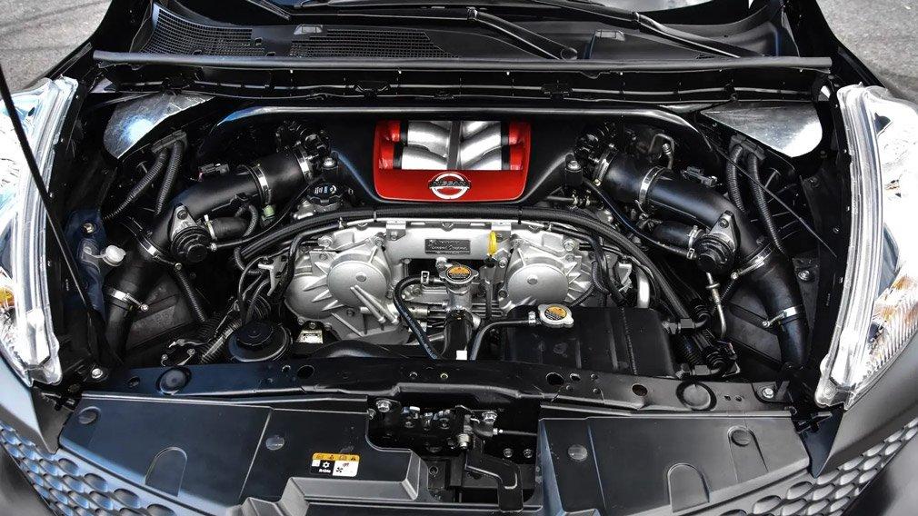Очень редкий Nissan Juke-R продают за 55 млн рублей