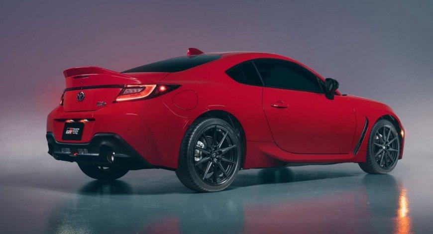 Toyota представила несколько тюнинг-проектов GR 86 2022