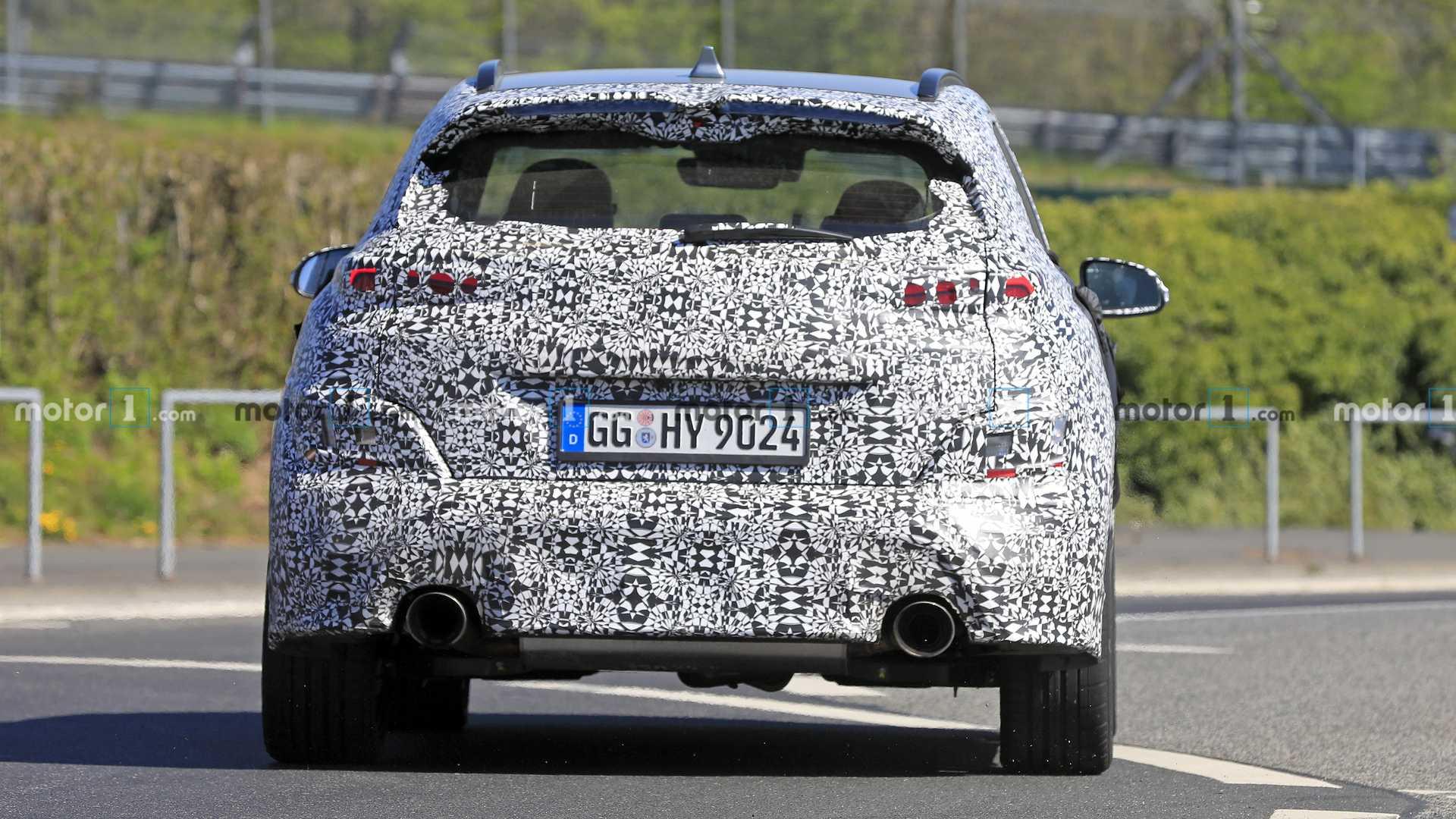 На тестах замечен «заряженный» кроссовер Hyundai Kona N
