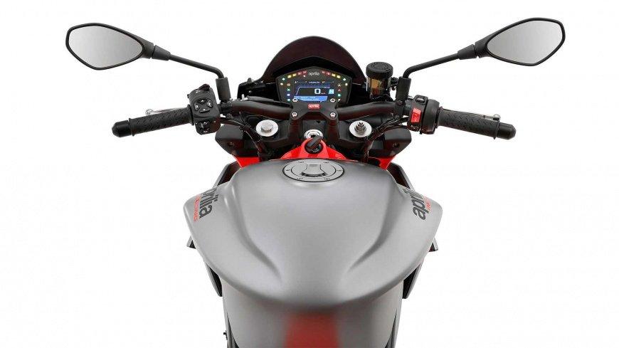 Озвучили дату дебюта мотоцикла Aprilia Tuono 660