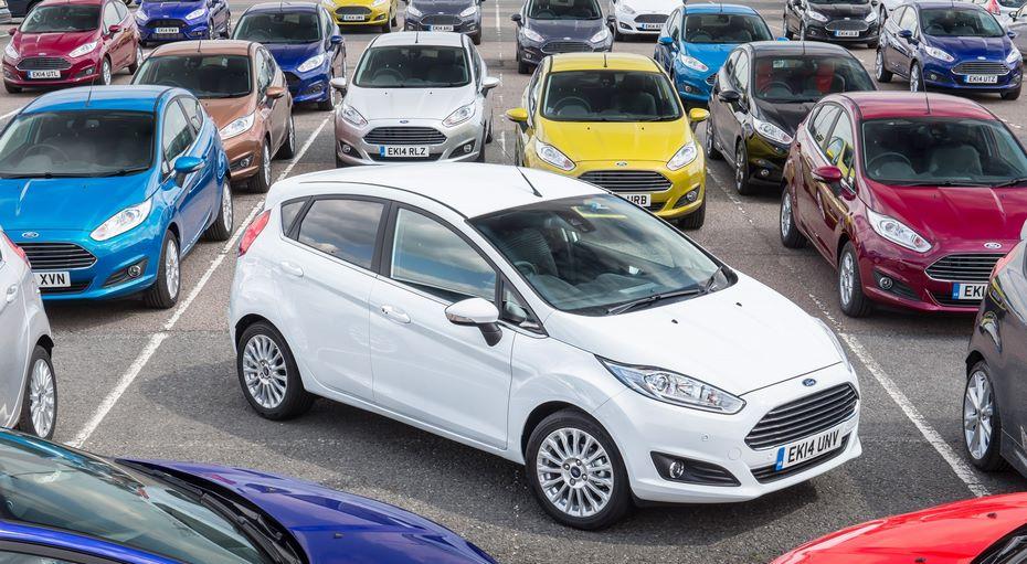 Специалисты россиянам рекомендуют покупать автомобили всамом начале года