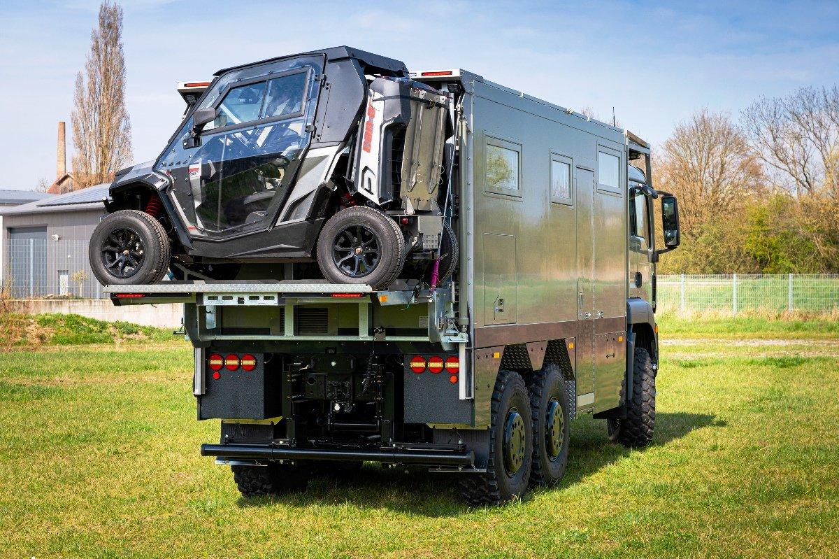 В Германии создали автодом на 3-осном полноприводном шасси MAN