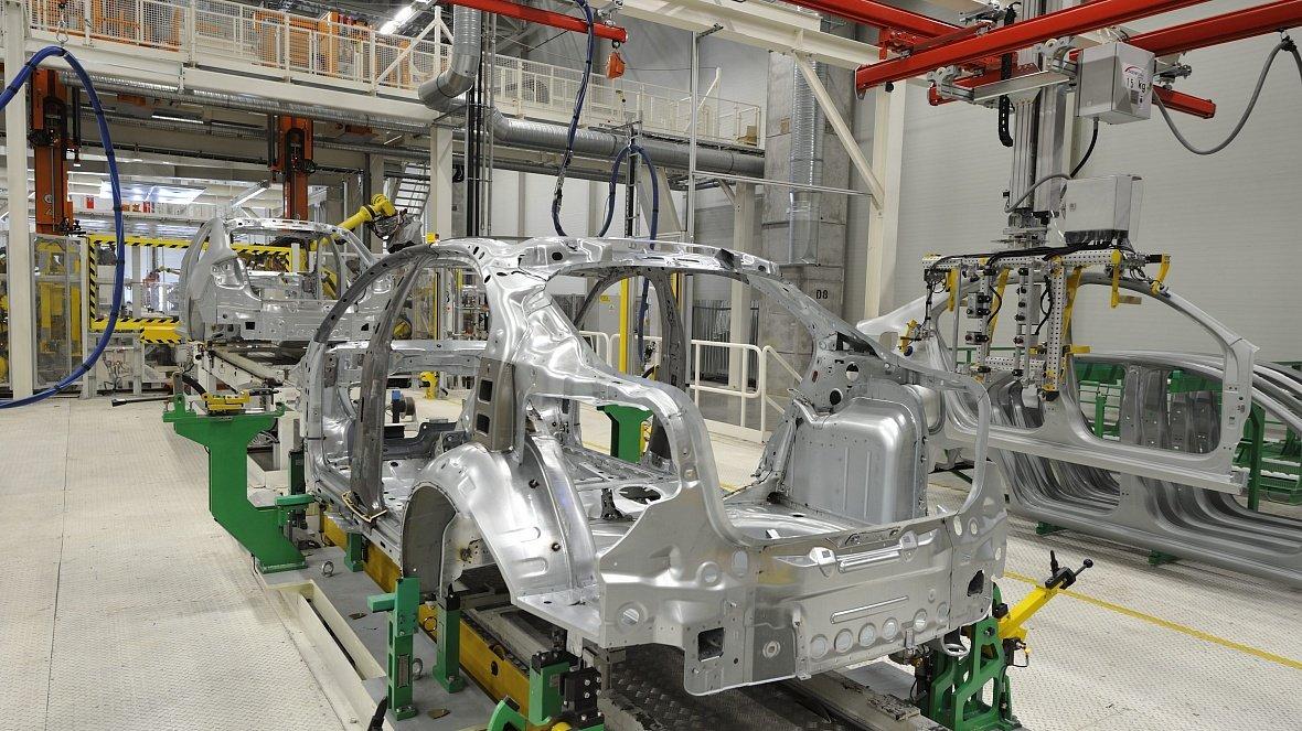 Volkswagen временно останавливает сборку машин в Калуге