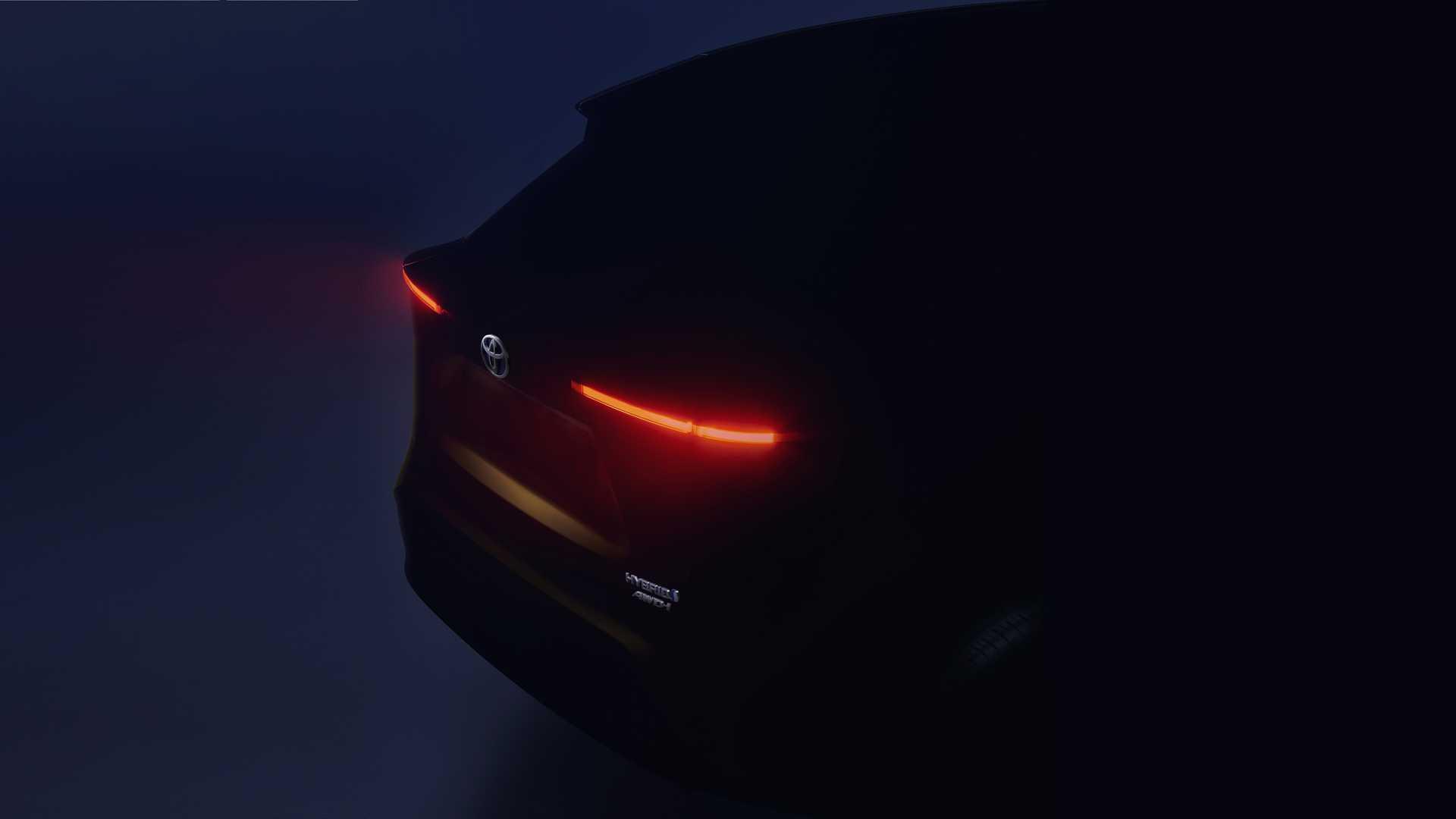 Toyota представит кроссовер на базе хэтчбека Yaris 23 апреля