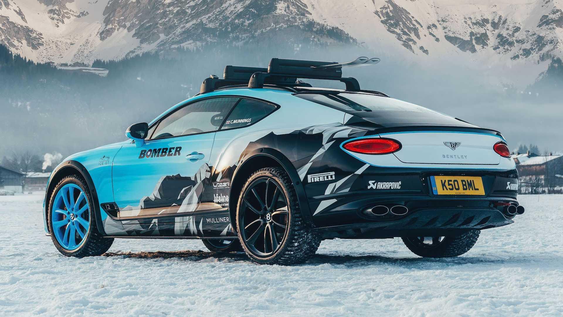 Смотрите как гоночный Bentley Continental GT гоняет по снегу