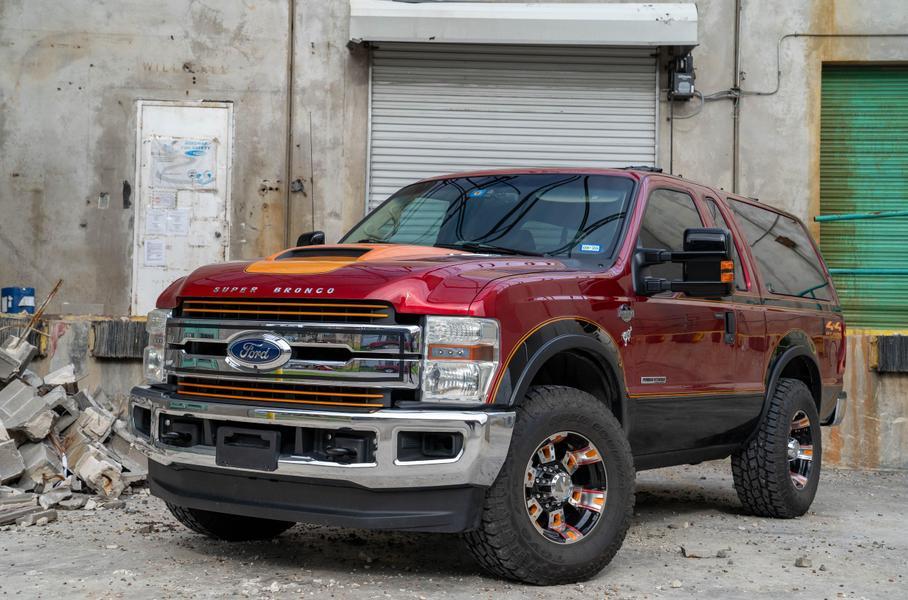 Американец построил из двух Ford эксклюзивный внедорожник